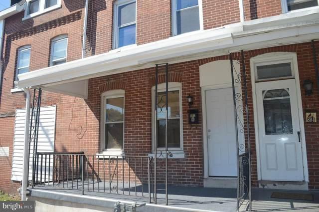802 W Elm Street, NORRISTOWN, PA 19401 (#PAMC655030) :: Bob Lucido Team of Keller Williams Integrity
