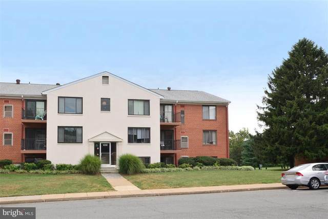 125-J Clubhouse Drive SW #5, LEESBURG, VA 20175 (#VALO415270) :: Sunita Bali Team at Re/Max Town Center