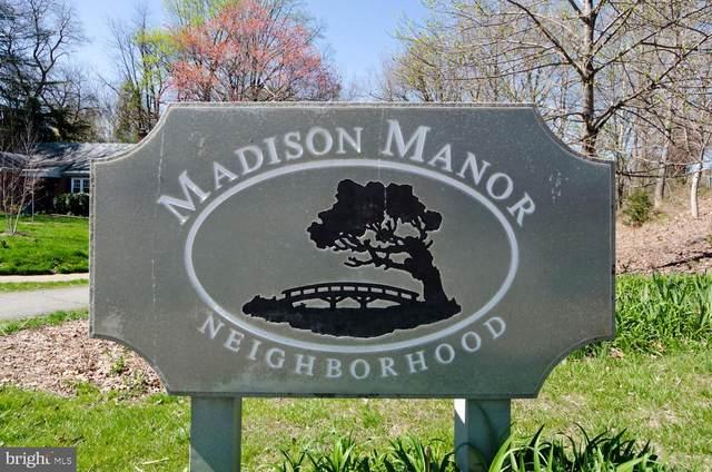 882 N Ohio Street, ARLINGTON, VA 22205 (#VAAR165466) :: Jacobs & Co. Real Estate