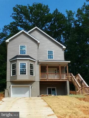 3155 Oakmont Avenue, TRIANGLE, VA 22172 (#VAPW498948) :: RE/MAX Cornerstone Realty