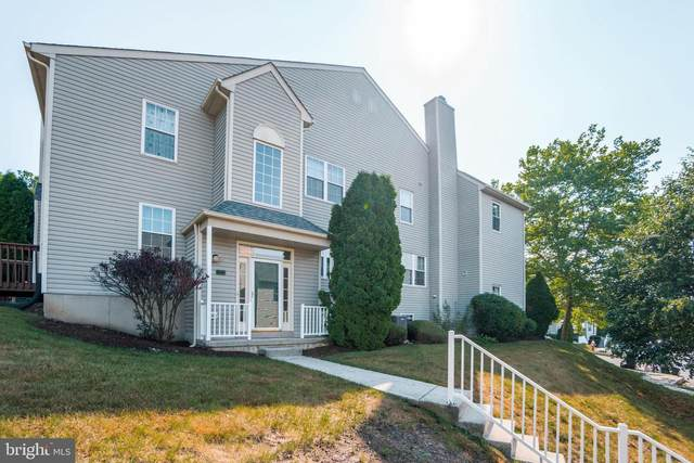727 Thornhill Drive, COLLEGEVILLE, PA 19426 (#PAMC655274) :: ExecuHome Realty