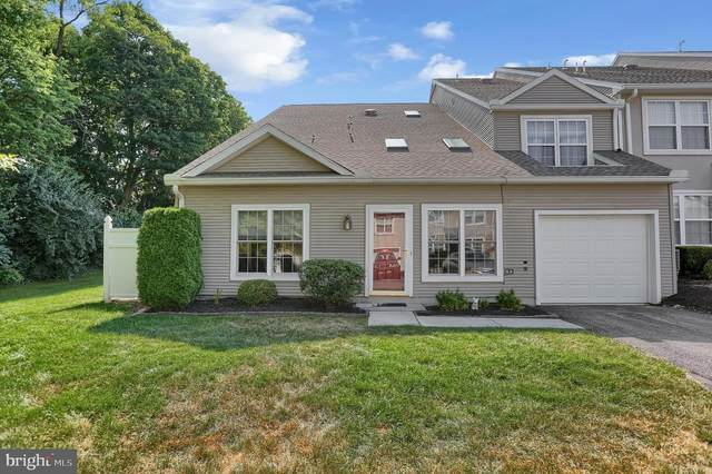 72 Courtyard Drive, CARLISLE, PA 17013 (#PACB125356) :: The Heather Neidlinger Team With Berkshire Hathaway HomeServices Homesale Realty