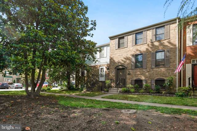 9527 Ashbridge Court, BURKE, VA 22015 (#VAFX1139716) :: Fairfax Realty of Tysons