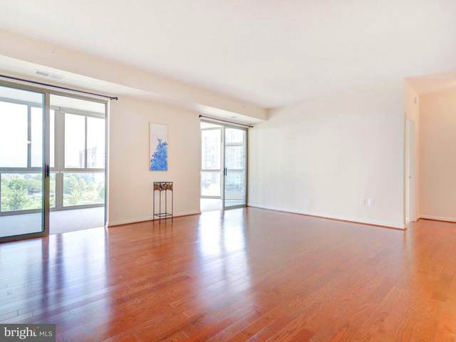 19365 Cypress Ridge Terrace #212, LEESBURG, VA 20176 (#VALO415502) :: City Smart Living