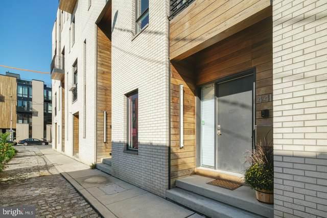 441 Wallace Street, PHILADELPHIA, PA 19123 (#PAPH913504) :: Erik Hoferer & Associates