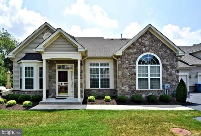 262 Willow Drive, NEWTOWN, PA 18940 (#PABU501300) :: Linda Dale Real Estate Experts