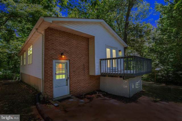 8348 Evergreen Drive, LUSBY, MD 20657 (#MDCA177430) :: The Riffle Group of Keller Williams Select Realtors