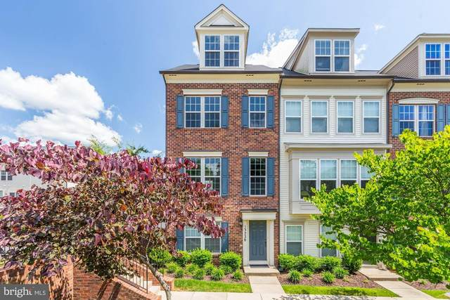 13228 Shawnee Lane #101, CLARKSBURG, MD 20871 (#MDMC715888) :: AJ Team Realty