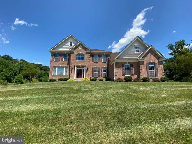 6305 Fox Glove Lane, CENTER VALLEY, PA 18034 (#PALH114486) :: Bob Lucido Team of Keller Williams Integrity