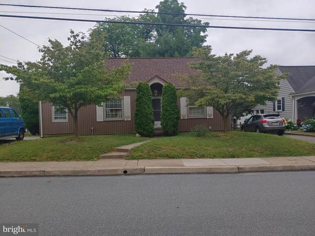 66 W Charlotte Street, MILLERSVILLE, PA 17551 (#PALA166458) :: ExecuHome Realty