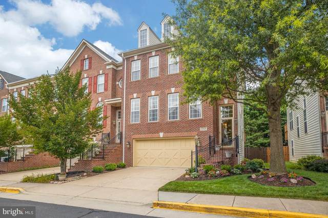 13048 Greg Roy Lane, HERNDON, VA 20171 (#VAFX1141108) :: Cristina Dougherty & Associates