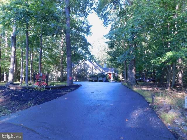 56 Snowflake Lane, HEDGESVILLE, WV 25427 (#WVBE178606) :: Jennifer Mack Properties