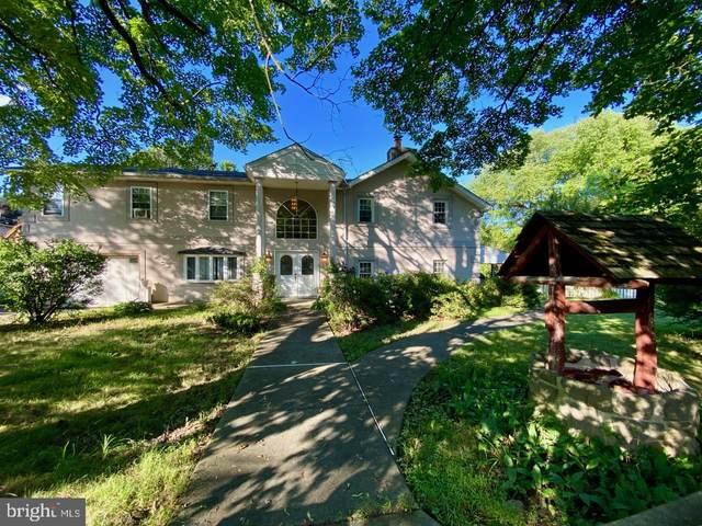 115 Bloomfield Avenue, PHILADELPHIA, PA 19115 (#PAPH914748) :: John Lesniewski | RE/MAX United Real Estate