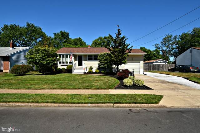 215 Coolidge Avenue, BEVERLY, NJ 08010 (#NJBL376928) :: Scott Kompa Group