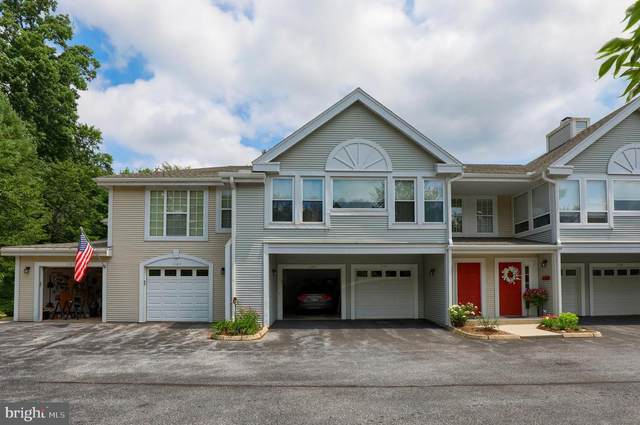 1101 Country Place Drive, LANCASTER, PA 17601 (#PALA166950) :: The Joy Daniels Real Estate Group