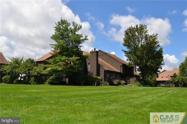 33 Westgate Drive, EDISON, NJ 08820 (#NJMX124620) :: John Lesniewski | RE/MAX United Real Estate