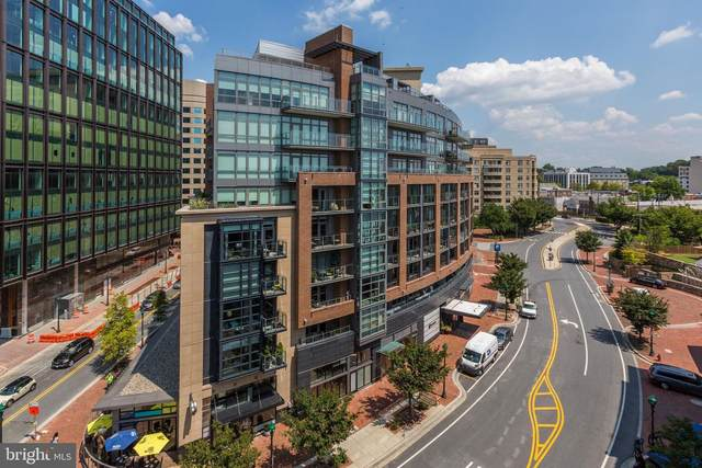 7171 Woodmont Avenue #704, BETHESDA, MD 20815 (#MDMC717500) :: Network Realty Group
