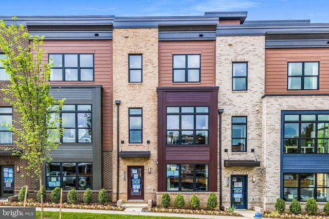 3718 Blue Lobelia Way The Bailey, ROCKVILLE, MD 20852 (#MDMC717586) :: The Putnam Group