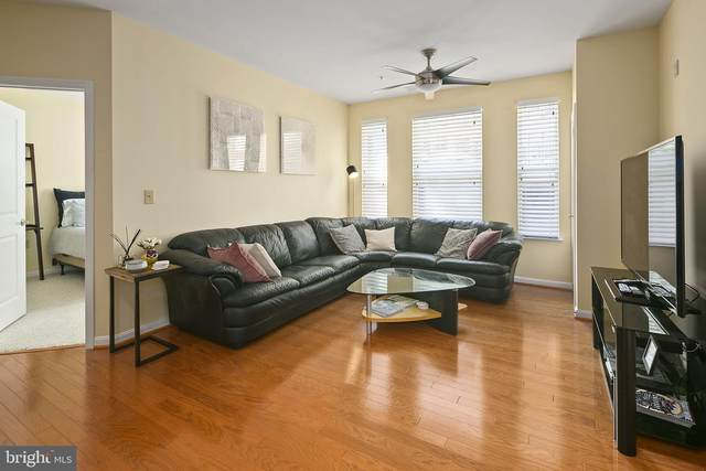 2655 Prosperity Avenue #108, FAIRFAX, VA 22031 (#VAFX1143658) :: RE/MAX Cornerstone Realty