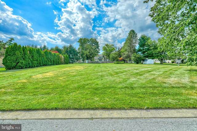 2310 Sutton Road, YORK, PA 17403 (#PAYK142108) :: Blackwell Real Estate