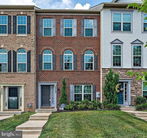 9002 Ruby Lockhart Boulevard, LANHAM, MD 20706 (#MDPG575634) :: John Lesniewski | RE/MAX United Real Estate