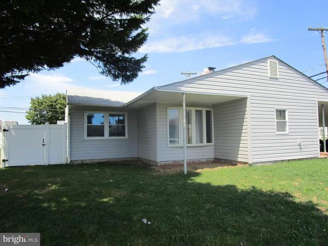 39 Lilac Lane, LEVITTOWN, PA 19054 (#PABU502692) :: John Lesniewski | RE/MAX United Real Estate