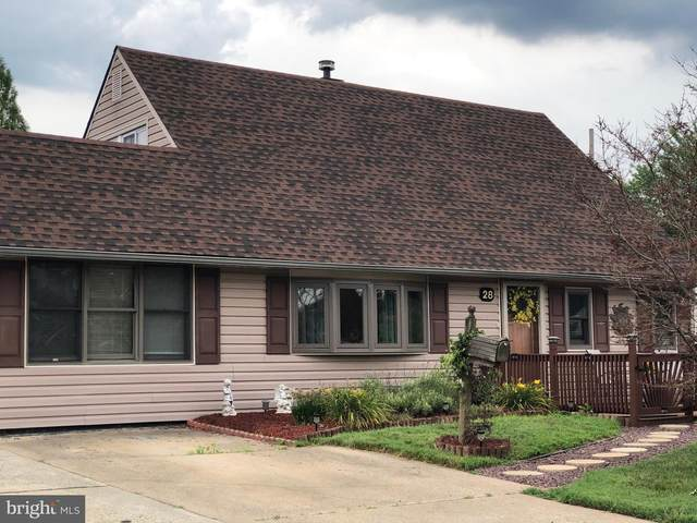 28 Misty Pine Road, LEVITTOWN, PA 19056 (#PABU502698) :: The Dailey Group