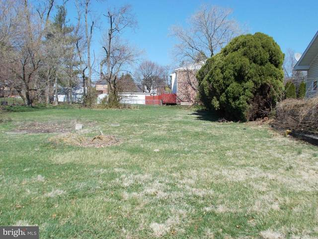 37 Maple Avenue, SMITHSBURG, MD 21783 (#MDWA173698) :: Pearson Smith Realty