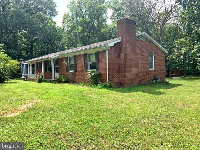 2085 Crums Church Road, BERRYVILLE, VA 22611 (#VACL111646) :: LoCoMusings