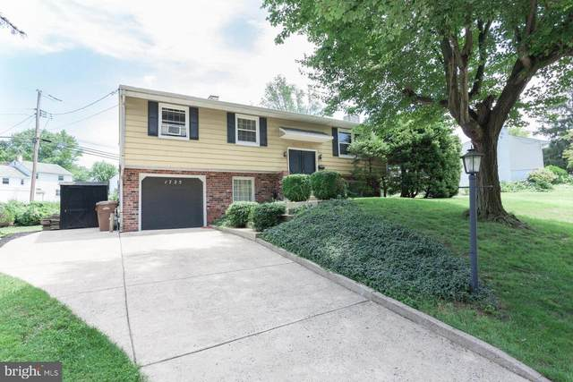 1725 Patricia Avenue, WILLOW GROVE, PA 19090 (#PAMC658232) :: Linda Dale Real Estate Experts