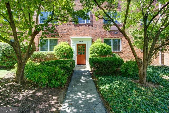 1634 W Abingdon Drive #301, ALEXANDRIA, VA 22314 (#VAAX249098) :: The Putnam Group
