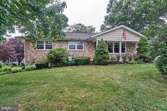 2736 Tara Lane, YORK, PA 17408 (#PAYK142500) :: Liz Hamberger Real Estate Team of KW Keystone Realty