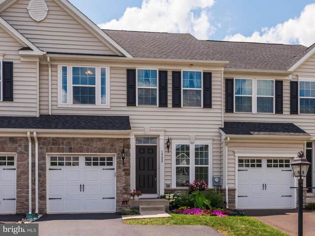 1982 Penngrove Terrace, LANSDALE, PA 19446 (#PAMC658360) :: Pearson Smith Realty