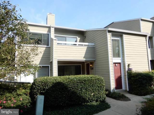 1925-B Villaridge Drive, RESTON, VA 20191 (#VAFX1145144) :: Arlington Realty, Inc.