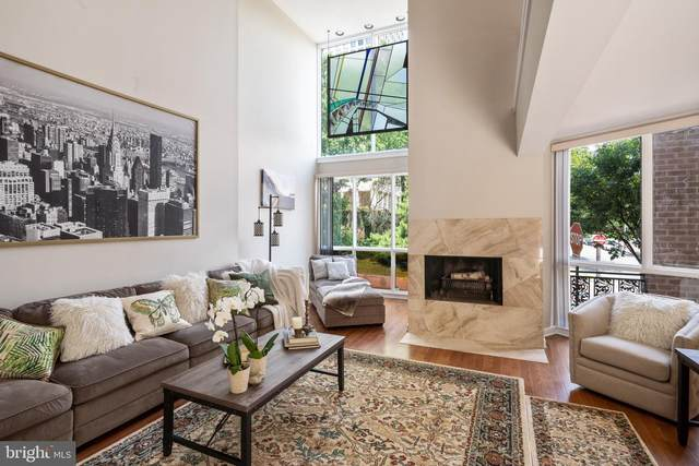 118 Spruce Street, PHILADELPHIA, PA 19106 (#PAPH920696) :: ExecuHome Realty