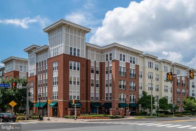 2665 Prosperity Avenue #218, FAIRFAX, VA 22031 (#VAFX1145304) :: Jennifer Mack Properties