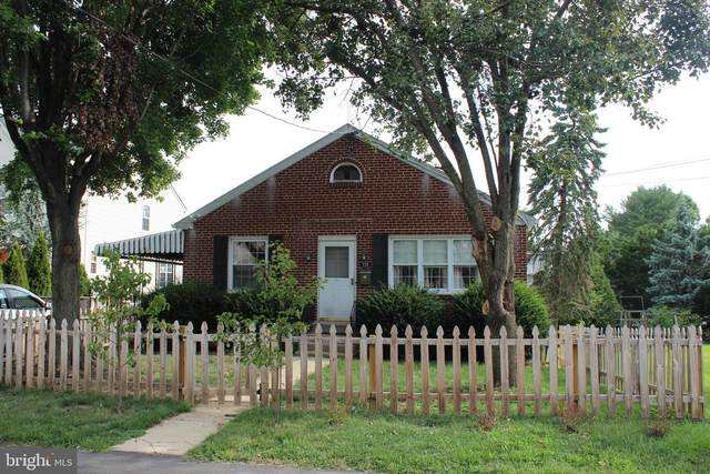 735 Cedar Lane, NORRISTOWN, PA 19401 (#PAMC658516) :: ExecuHome Realty