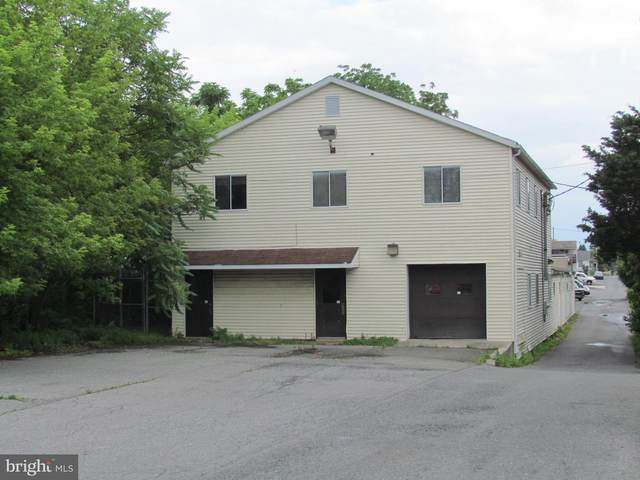 2141 Portland Avenue, READING, PA 19609 (#PABK361660) :: The Toll Group
