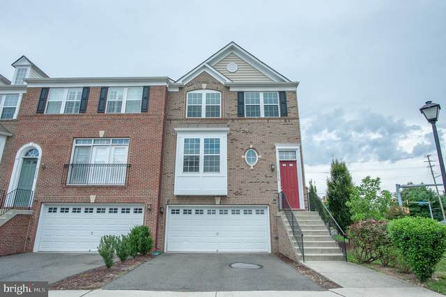 6218 Summit Point Court, ALEXANDRIA, VA 22310 (#VAFX1145754) :: Debbie Dogrul Associates - Long and Foster Real Estate