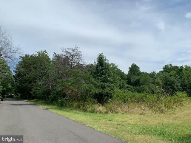 17305 Mine Road, DUMFRIES, VA 22025 (#VAPW501306) :: CR of Maryland