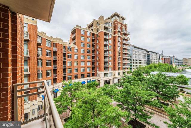 3650 S Glebe Road #649, ARLINGTON, VA 22202 (#VAAR167230) :: Debbie Dogrul Associates - Long and Foster Real Estate