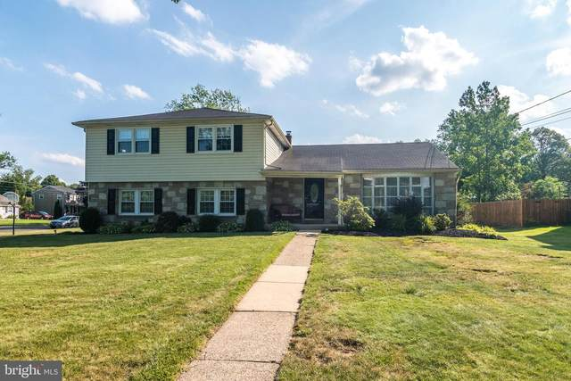 219 Oak Hill Drive, HATBORO, PA 19040 (#PAMC658940) :: ExecuHome Realty