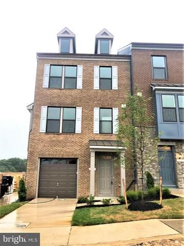 10300 Vista Hollow Way, LANHAM, MD 20706 (#MDPG576620) :: John Lesniewski | RE/MAX United Real Estate