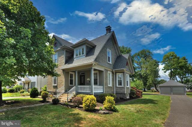 203 W Broad Street, HATFIELD, PA 19440 (#PAMC659012) :: Century 21 Dale Realty Co