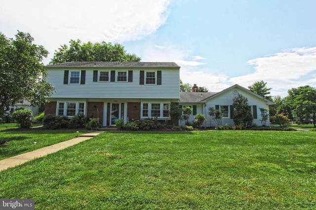 12905 Misty Court, FAIRFAX, VA 22033 (#VAFX1146278) :: Debbie Dogrul Associates - Long and Foster Real Estate