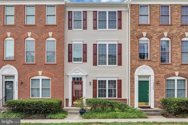 42811 Sykes Terrace, CHANTILLY, VA 20152 (#VALO418146) :: Bic DeCaro & Associates