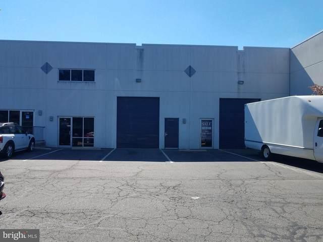 45945 Trefoil Lane #118, STERLING, VA 20166 (#VALO418196) :: Jacobs & Co. Real Estate
