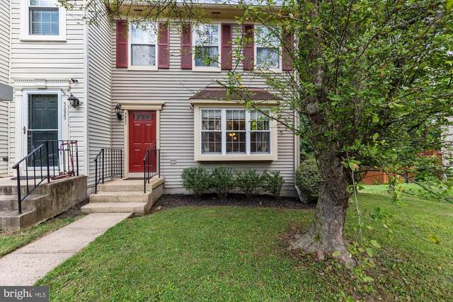 5837 Waterdale Court, CENTREVILLE, VA 20121 (#VAFX1146592) :: ExecuHome Realty
