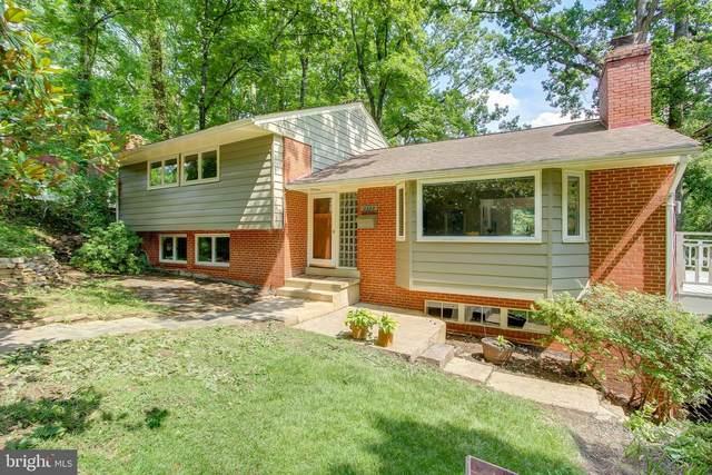 3327 Grass Hill, FALLS CHURCH, VA 22044 (#VAFX1146880) :: Arlington Realty, Inc.