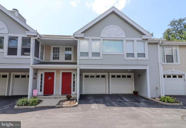 1002 Country Place Drive, LANCASTER, PA 17601 (#PALA167978) :: John Smith Real Estate Group